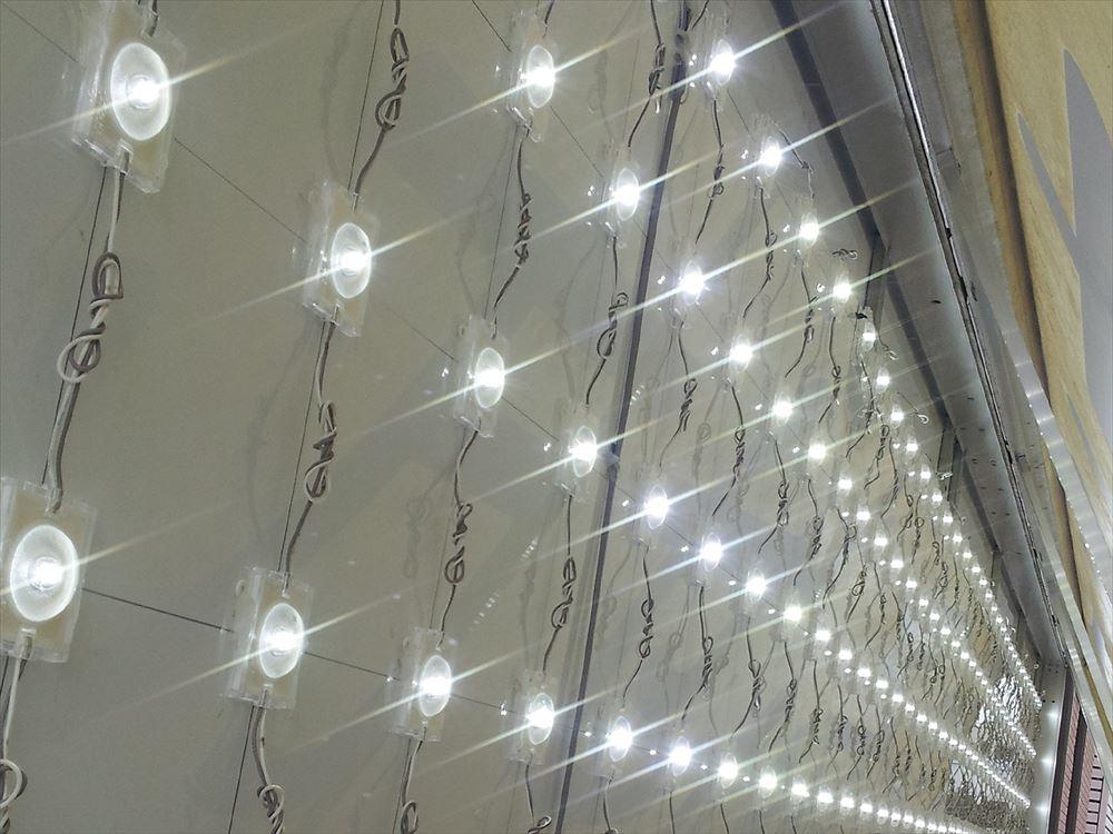 LED (11)